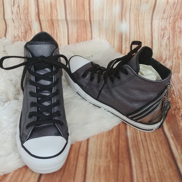 62a1eeb8dfdf Converse Shoes - Converse Black   Gray Chuck Taylor All Star Shoes